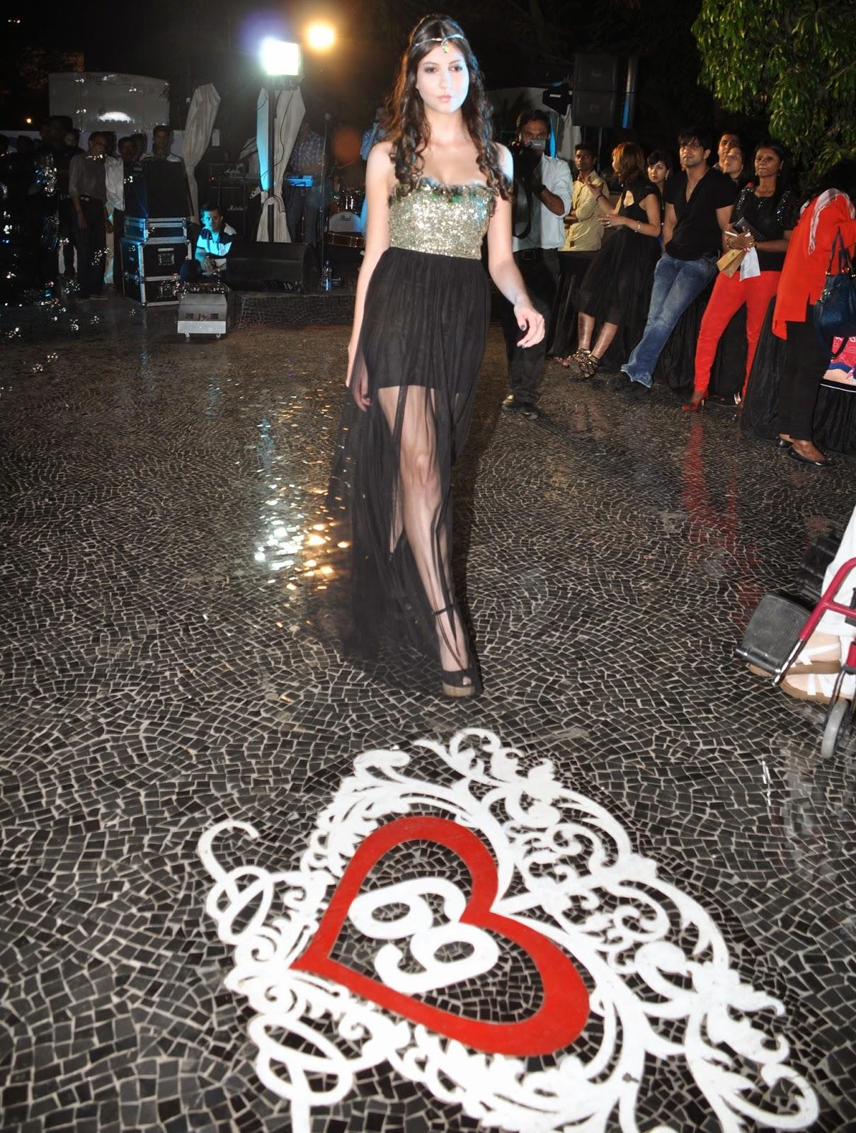 Model for Simply Simone at Villa 69