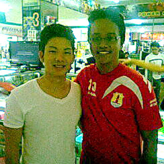 Alief feat Kim Kurniawan [image by @aLiefNK]