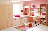Dormitorio color rosa de niña