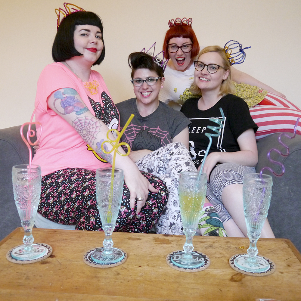 Top five, top 5, tips and tricks, girl gang, girl gang sleepover. #girlgangweekender, Miss West End Girl, Miss Vicky Viola, Wardrobe Conversations, DIY pipecleaner crowns, DIY crowns, pyjama party, princesses in pyjamas, curly straws