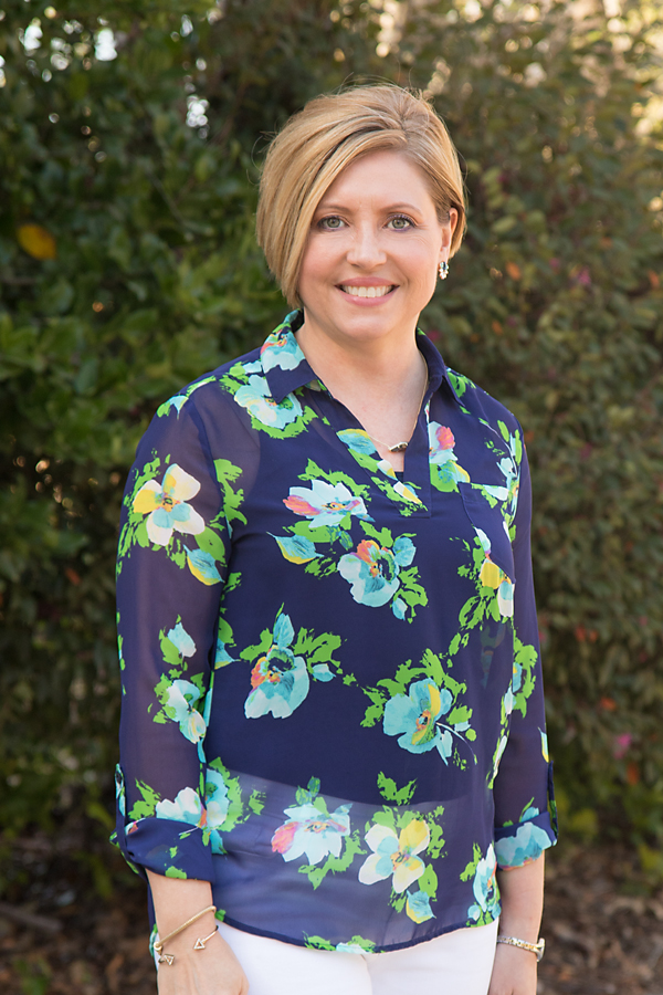 navy floral top, floral top, spring fashion