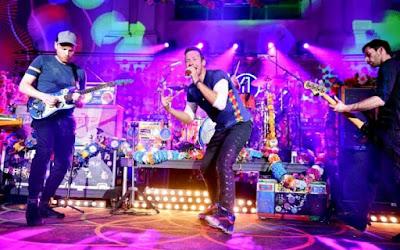 Musik rock menjadi salah satu genre musik paling digemari ketika ini Daftar 150 Lagu Rock Terbaik Sepanjang Masa