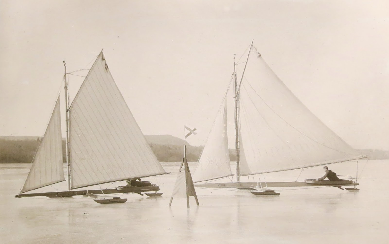 Early ice-yachts, predecessors of the modern iceboard.