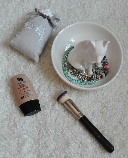 Podkład AA Makeup Lumi 103 Light Beige