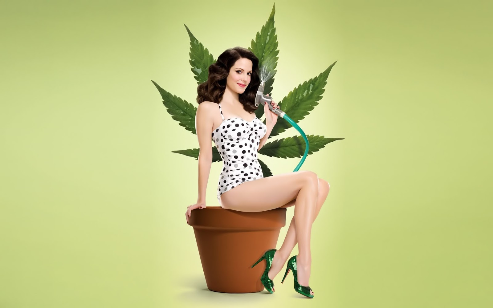 Mary Louise Parker Wallpaper (cannabis) 1920x1200