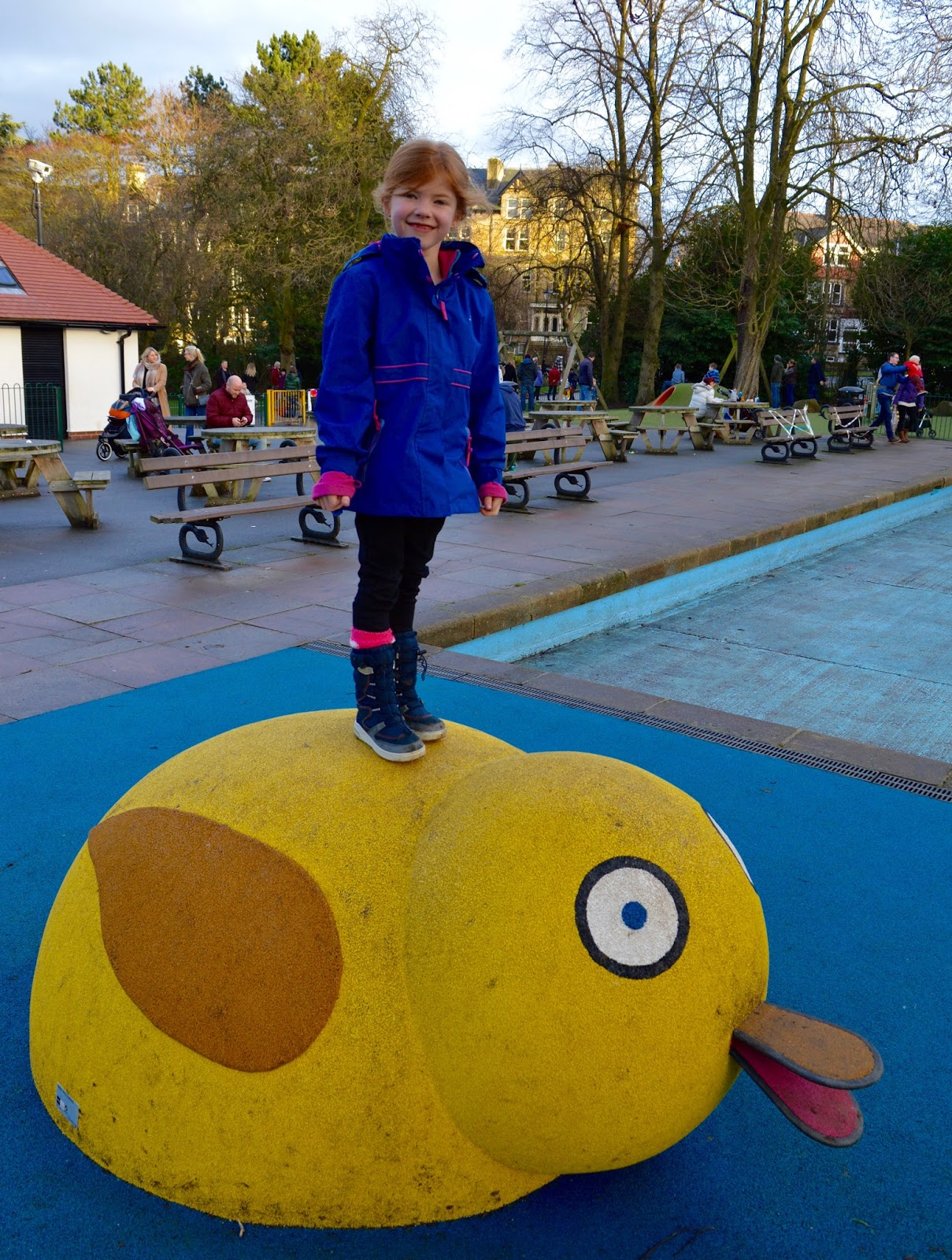 What to do in Valley Gardens, Harrogate | Play area, Pitch & Putt, events & more - Heidi on duck