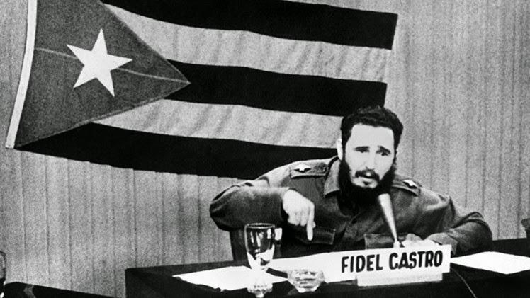 Risultati immagini per fidel castro hasta la revolucion siempre
