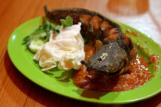 Kuliner Indonesia - Pecel Lele