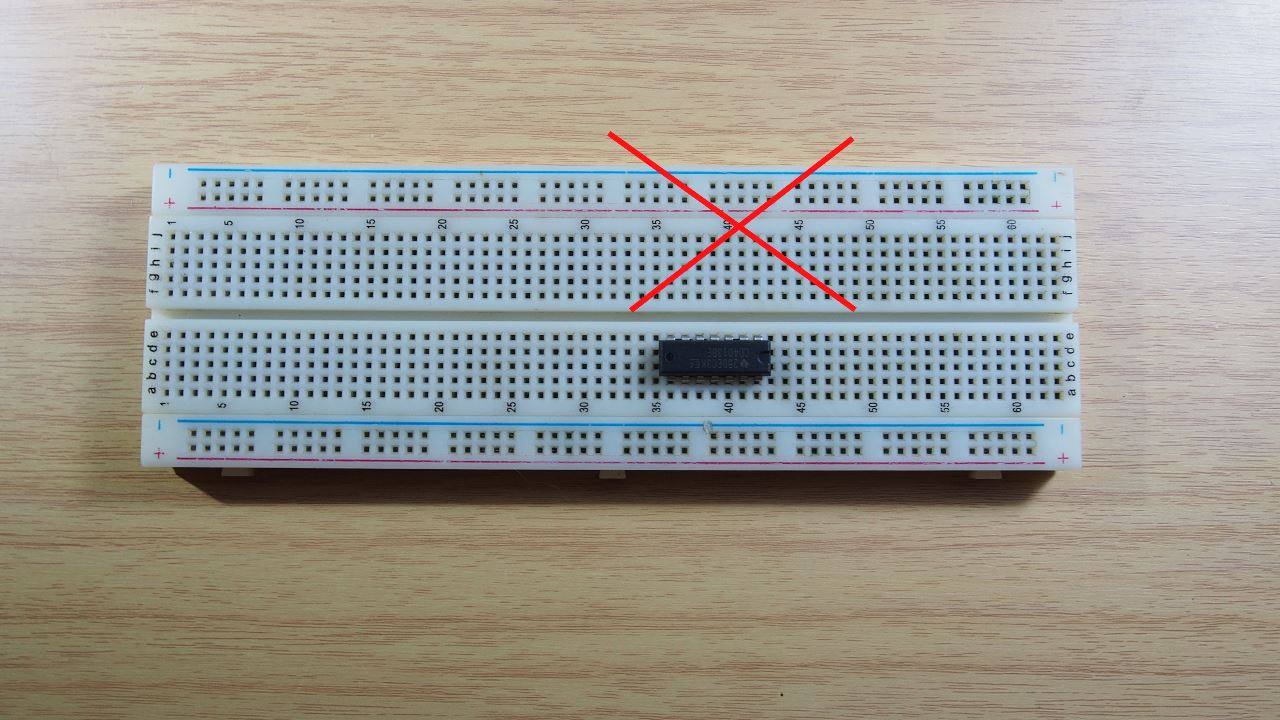 How To Use A Breadboard For Your Project 12 Fixing The Power Supply On Site See Wrong Way Connect Electronic Component As You Can Picture Below Ic Pin 1 142 133 124 115 106 97 8 Are Short