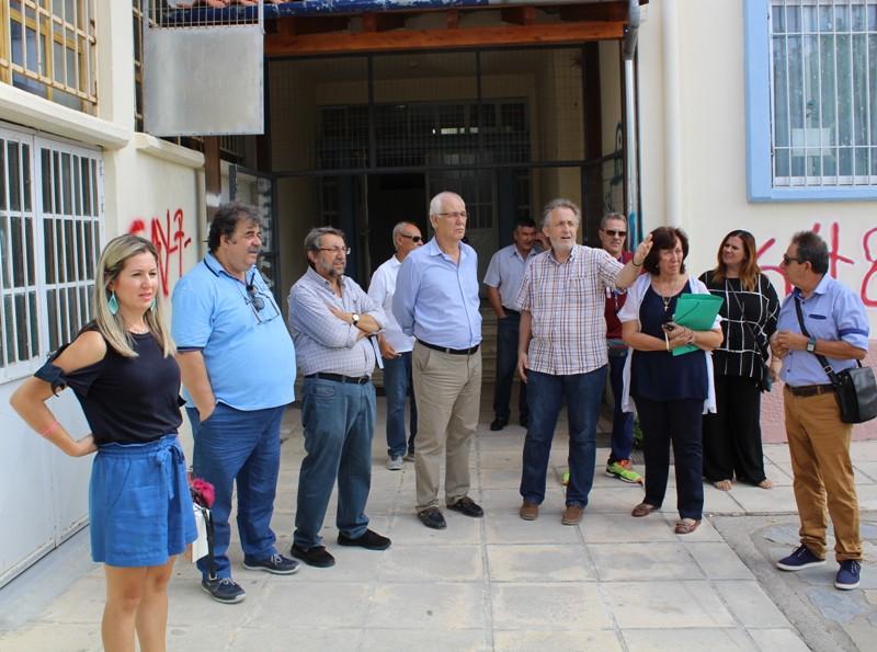 Επίσκεψη του Δημάρχου Λαρισαίων στις Εργατικές Κατοικίες Αγίου Θωμά και στα Πυροβολικά (ΦΩΤΟ)