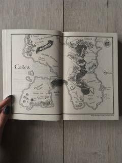 """mapa Erilei, """"Zabójczyni"""" Sarah J. Maas, fot. paratexterka ©"""