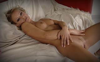 Naughty Girl - Mia%2BStone-S01-040.jpg