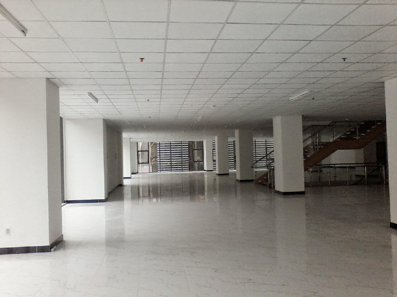 Cho thuê văn phòng tại chung cư N02T1 Ngoại Giao Đoàn
