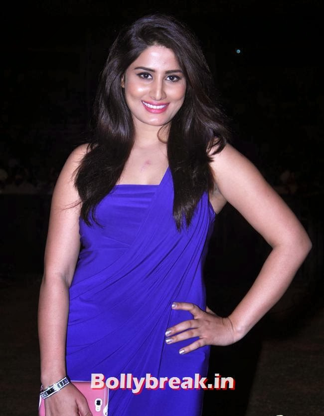 , Bollywood Celebs at Umang Police Show 2014