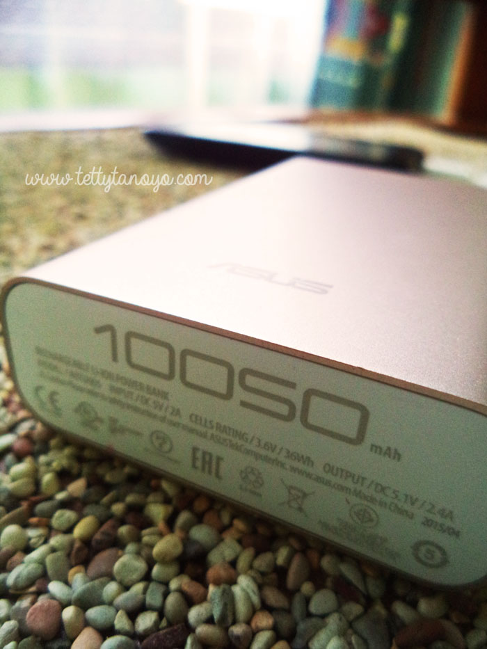 asus zenpower 10050 Mah