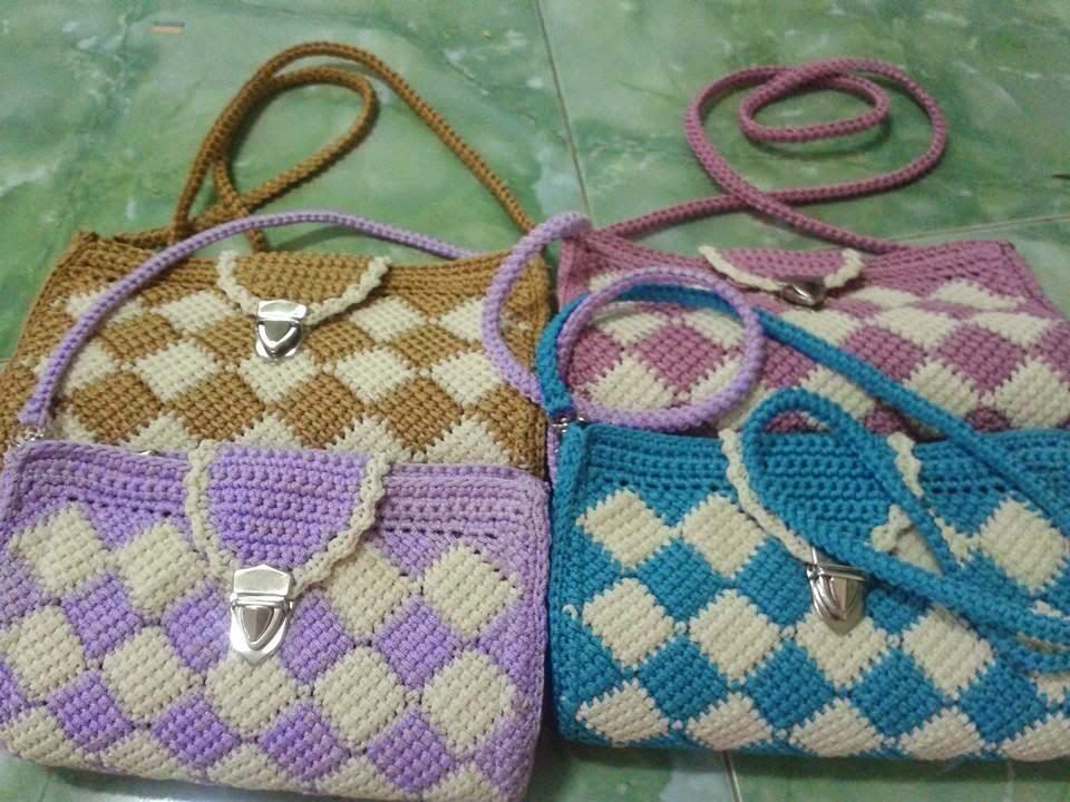 Handmade bằng len: Cách móc túi len caro đẹp