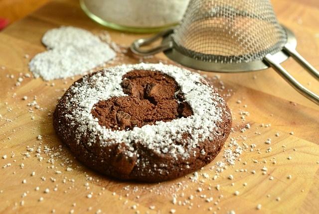 galleta con corazon de azucar dibujado