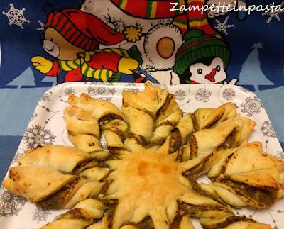 Stella di pasta sfoglia con pesto e ricotta - Ricetta di Natale