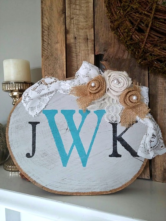 Monogram Wood slice rustic and romantic www.diybeautify.com