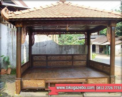 Gazebo Jati Ukir Finishing Emas