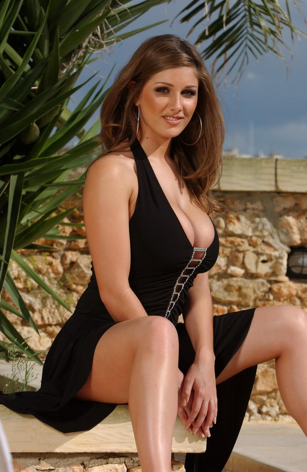 lucy pinder hot and - photo #3