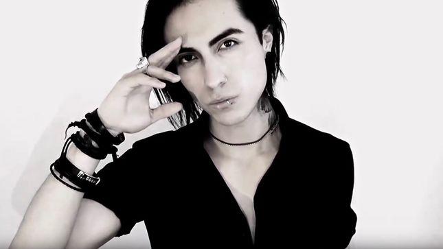 LACRIMAS PROFUNDERE: Ανακοίνωσαν νέο τραγουδιστή