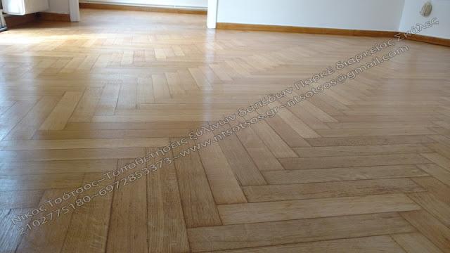 Ξύλινο πάτωμα με σατινέ βερνίκι