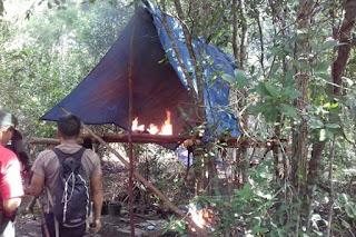 Tim Gabungan TNI, Polhut dan LSM berhasil Temukan Tambang Emas Ilegal di Kawasan Taman Nasional Tanjung Puting - Commando