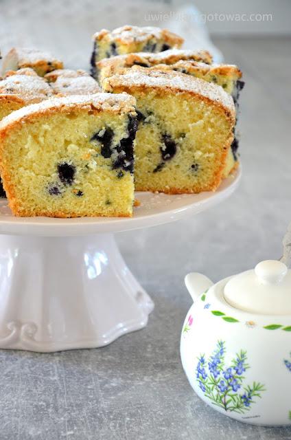 Ekspresowe ciasto z owocami
