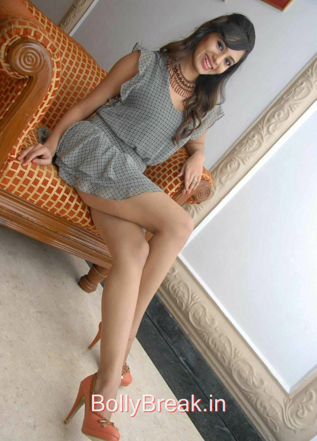 Deepa Sannidhi Unseen Stills, Deepa Sannidhi Hot Pics in Grey Colour Frock