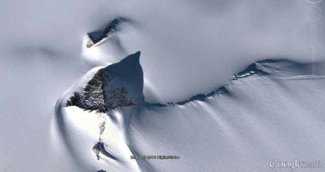 Huge Pyramid Like Structure Discovered In Antarctica
