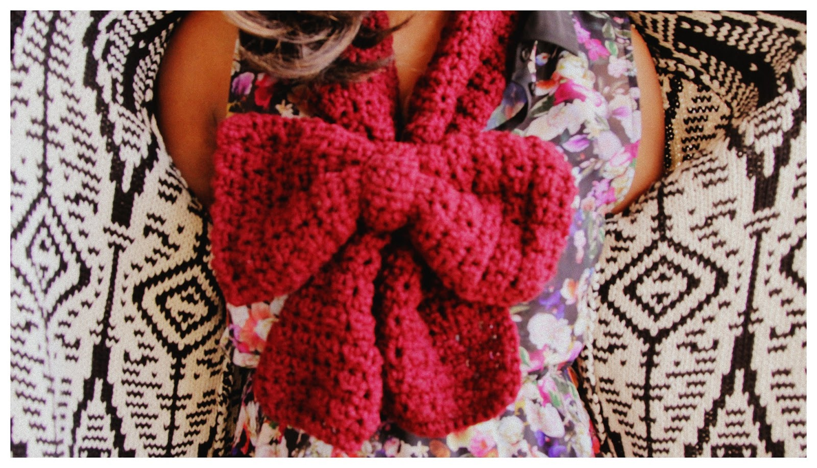 the dream crochet blog.: The Tutorial: The Crochet Bow Scarf.