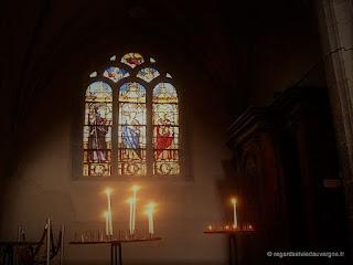 Eglise Notre-Dame du Marthuret de Riom. Vitrail de l'Annonciation