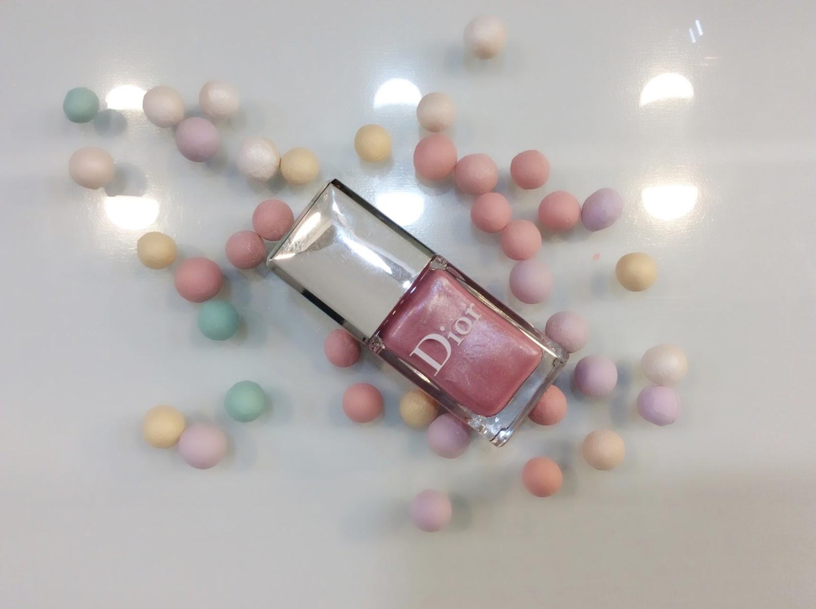 Esmalte da Semana - Dior Vernis Hauter Couleur 386 Rose Trianon/Pink Aristocrat