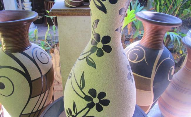 www.xvlor.com Kasongan ceramic craft center design development for long time
