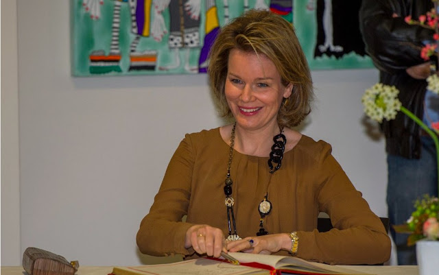 "Queen Mathilde of Belgium visited the health center ""Sint-Oda"" in Overpelt,"