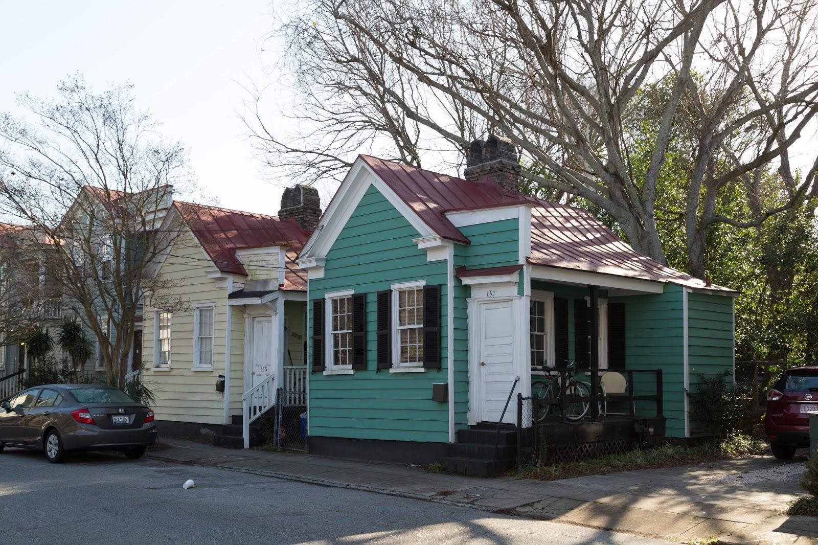 Charleston Daily Photo Teeny Tiny Houses Of Charleston Line St