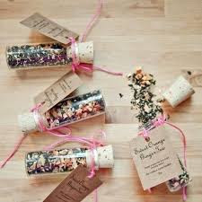 edible wedding favours ideas, wedding chocolate favours uk, personalised wedding chocolate favours uk, luxury chocolate wedding favours, cheap personalised chocolate wedding favours, luxury chocolate wedding favours uk, chocolate lolly wedding favours, chocolate favours for birthdays
