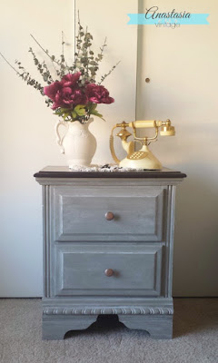 http://www.anastasiavintage.com/2016/01/nightstand-general-finishes-chalk-style-paint.html