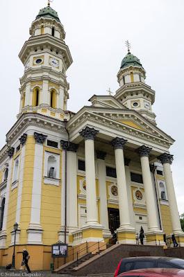 Ужгородський греко-католицький Кафедральний Хресто-воздвиженський собор