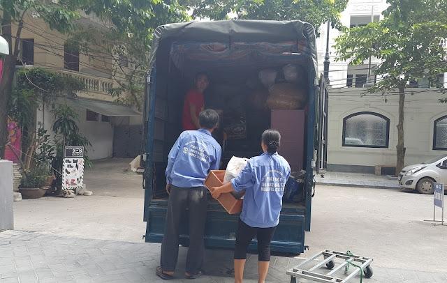 xe tải chuyển nhà phố cổ
