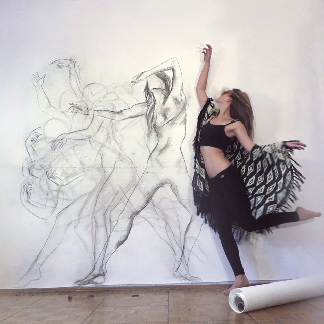 02-Zarah-Abraham-Lots-of-Movement-with-Multiple-Exposures-in-one-Drawing-www-designstack-co