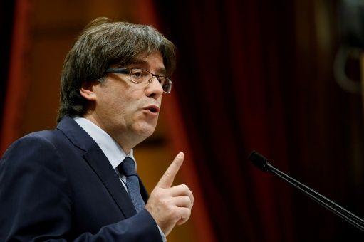 Puigdemont y exconsellers catalanes detenidos tras entregarse en Bruselas