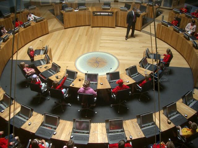 Национальный парламент Уэльса - вход бесплатный