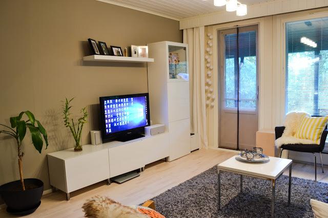 Saippuakuplia olohuoneessa- blogi, Kuva Hanna Poikkilehto, olohuone, sisustus, ikea, DIY, koti,