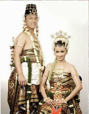 Provinsi Daerah Istimewa Yogjakarta - Pakaian Adat Tradisional Kasatrian