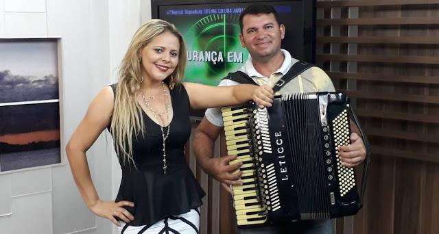 Eliza Clívia, Ex-Cavaleiros do Forró morre em acidente