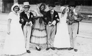 Die Biedermeiergruppe 1932 - Nachlass Joseph Stoll, Album Oald Bensem, lfd.No. 0100, eingescannt 600 dpi, Stoll-Berberich 2015