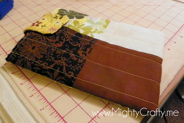 DIY Quilted eReader Cover - www.MightyCrafty.me
