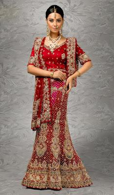 Stunning-indian-bridal-lehenga-choli-designs-that-bride-must-have-13